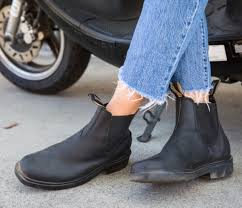 If you need more casual look for hangout with friends, pick a pair of blue skinny or boyfriend jeans and. What To Wear Chelsea Boots With Style Guide History Blundstone Usa