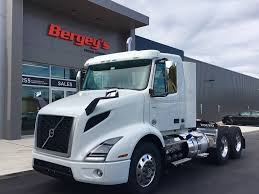 2018 volvo day cab. brilliant 2018 new 2018 volvo vnr64t300 tandem axle daycab truck 7002 throughout volvo day cab f
