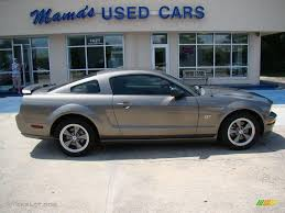 2005 Mineral Grey Metallic Ford Mustang GT Deluxe Coupe #15469703 ...