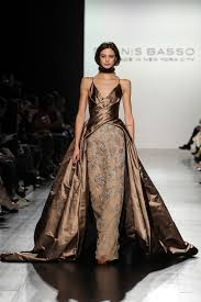 Dennis Basso Nyfw Dennis Bassos Fall 2017 Collection Is The Picture Of