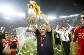 Luis Aragones, Spain's Euro 2008-Winning Coach, Dies Aged 75 | Bleacher  Report | Latest News, Videos and Highlights