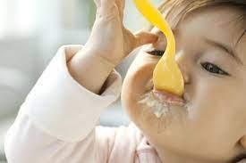 Mách Mẹ Cách Cho Bé Ăn Sữa Chua Nào Tốt Cho Bé 6 Tháng Tuổi, Mách Mẹ Cách Cho  Bé Ăn Sữa Chua Thật Chuẩn – Myquang.vn