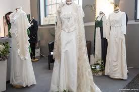 Hochzeitskleider, Brautkleider Graz|Dirndl Hochzeit|Brautjungfernkleid