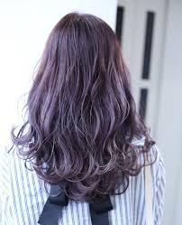 最新ヘアカラーラベージュとは暗めハイライトの髪色画像8選も Belcy