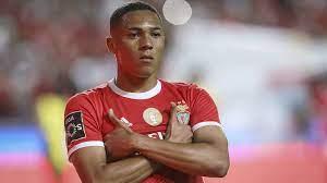 Benfica bestätigt Einigung mit Tottenham über Vinícius: Transferdetails  veröffentlicht