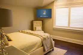 corner tv bedroom placement