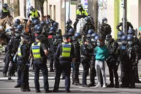 Melbourne enters new lockdown as covid cluster grows tennis spectators barred from australian open as authorities try curb spread of the virus. Qi1re7j4kvjrpm