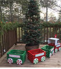 Christmas Outdoor Rope Light 3d Train 36 Diy Outdoor Christmas Decor On A Budget Elf Christmas