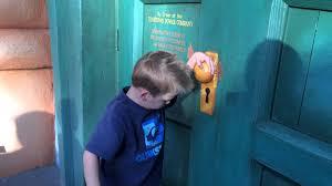 caution do not open this door toon town pretend electric door at disneyland you
