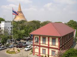 ประวัติโรงเรียนราชินีบูรณะ | สาระ ความรู้ ข่าวสาร ความบันเทิง  ของชาวมัธยมศึกษา และประถมศึกษา : Knowledge for Thai Student
