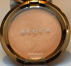 Becca Light Chaser Bellini Becca Limited Ed Light Chaser Highlighter Is A Shade Shifter
