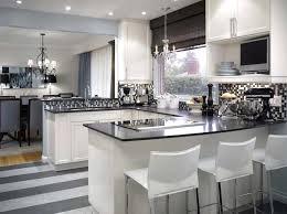Kleine Küche Mit Diesen Simplen Tricks Schaffen Sie Mehr Platz