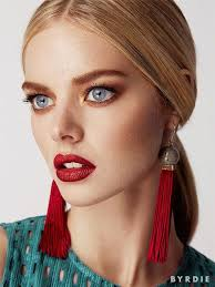 look 5 gany red lips