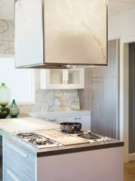 Island Kitchen Lighting Choosing The Right Kitchen Island Lighting For Your Home Hgtv