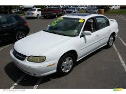2001 Bright White Chevrolet Malibu LS Sedan #31145188 | GTCarLot ...