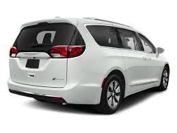 2018 chrysler pacifica white. fine chrysler bright white clearcoat 2018 chrysler pacifica pictures hybrid  limited fwd photos rear view throughout chrysler pacifica white f