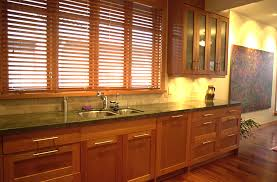 Natural Cherry Cabinets Natural Cherry Shaker Kitchen Cabinets Design Ideas 99039 Kitchen