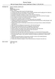 Social Media Associate Resume Sample | Velvet Jobs