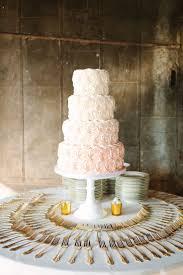 25 Cute Buttercream Wedding Cake Ideas On Pinterest Wedding