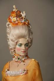 Прическа отражение внутреннего мира Реферат При необходимости добавляли фальшивые волосы Для создания прически использовали различные приспособления проволочный каркас ленты обручи