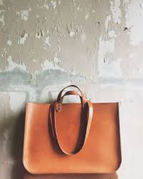 e w atlas carryall structured leather tote bag in xl