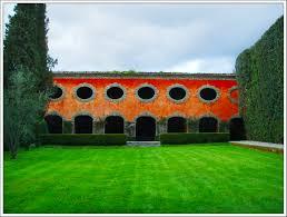 Italian gardens travel across italy