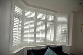 Wooden Venetian Blinds In A Square Bay Window  Baileys BlindsBay Window Vertical Blinds