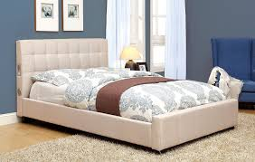 Amazon.com: Furniture of America Reyes Fabric Platform Bed with Bluetooth  Speaker Headboard Design, Queen, Ivory: Kitchen & Dining
