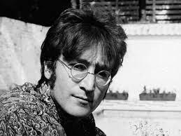 Yoko Ono erinnern an John Lennon ...