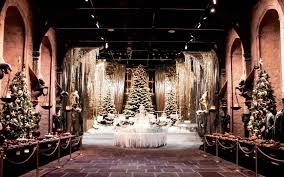 Yule Ball Decorations Hogwarts Is Hosting The Yule Ball And A Christmas Feast For The 24