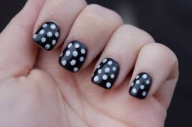 Black Nail Art Designs For Short Nails - Stylish Tips