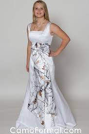download snow camo wedding dresses wedding corners