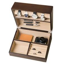 9 best mens watch cases 2017 stylish watch boxes and cases hives and honey walnut watch box