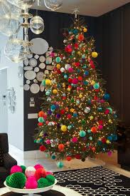 How to Decorate a Christmas Tree | HGTV's Decorating & Design Blog ...