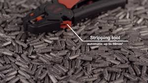 Tutorial: Wiha <b>Stripping tool automatic</b> - YouTube