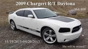 2009 Dodge Charger RT Daytona -VS- 2012 Charger SRT8 392 - YouTube