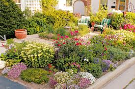 great gardens really can come in small sizes as having only limited outdoor space doesn t mean you have to scale back your plantings or your imagination