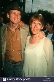 BEVERLY HILLS, CA - 20 maggio: il regista Ron Howard e la moglie attrice  Cheryl Howard frequentare