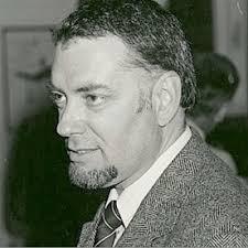 Programului nostru de burse i-am dat numele istoricului român Vlad Georgescu (1937-1988), director al postului de radio Europa Liberă între 1982 și 1988. - Vlad-Georgescu