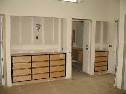 Cabinets Plus Irvine Small Apartment Closet Esca Arbres A Palabres Amcnagement Intcrieur