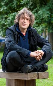 Alan Davies: 'I was the black sheep of the family'