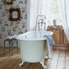 bathroom wallpaper. 15 Gorgeous Bathroom Wallpaper Design Ideas R