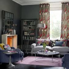 Grey-living-room-ideas-florals