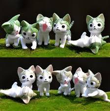gatinhos em miniatura para decoração ou