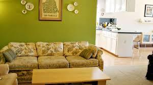 Camera Da Letto Verde Mela : Pareti soggiorno verde acido interni e le idee mobili