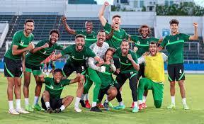 صحيفة أضواء الوطن   #اضواء_الوطن   الفيصل يُشعل تدريبات الأخضر قبل مواجهة ساحل  العاج غداً
