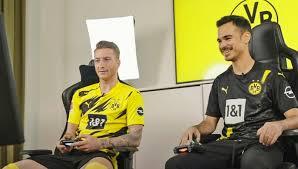 Dans une interview au magazine sport bild, l. Jetzt Auch Efootball Opel Erweitert Partnerschaft Mit Dem Bvb Medien Opel Allemagne