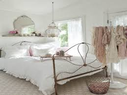 Taupe Bed Cover Color And Blue Color Of Sheet Shabby Chic Bedroom Decor  Ideas Red White