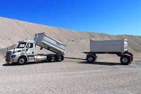 freightliner cascadia trucks for cascadia sleepers cascadia freightliner cascadia transfer truck