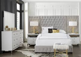 Felicity White 7 Pc Queen Wall Bedroom - Queen Bedroom Sets White